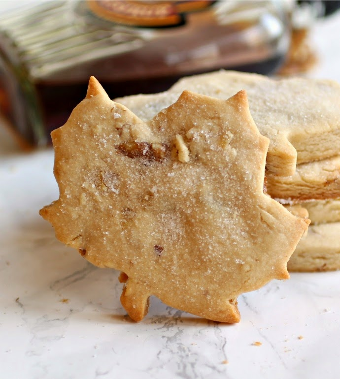 Maple Walnut Shortbread Cookies