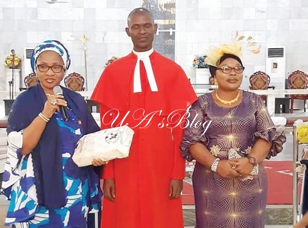 Chaplain Who Was Sacked After Encounter With Ambode's Wife Honoured By LASG
