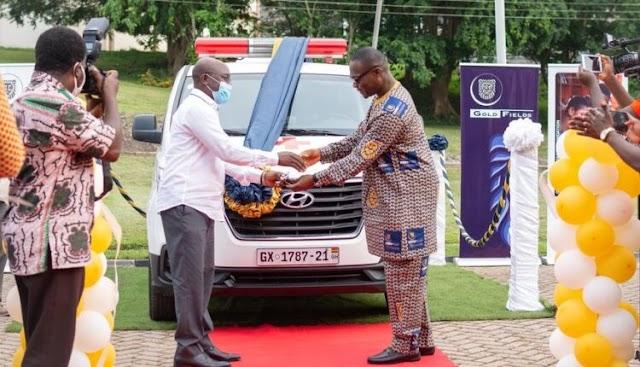 Gold Fields Ghana donates ambulance to University of Mines and Technology in Tarkwa