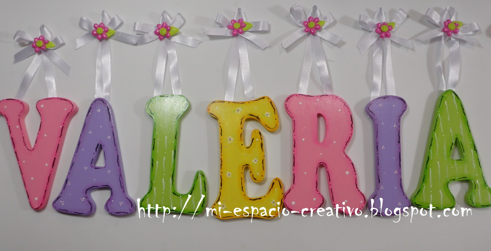 Mec mi espacio creativo 163 nombre valeria for Cuartos decorados feliz cumpleanos
