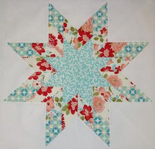Lemoyne Star quilt block: QuiltBee