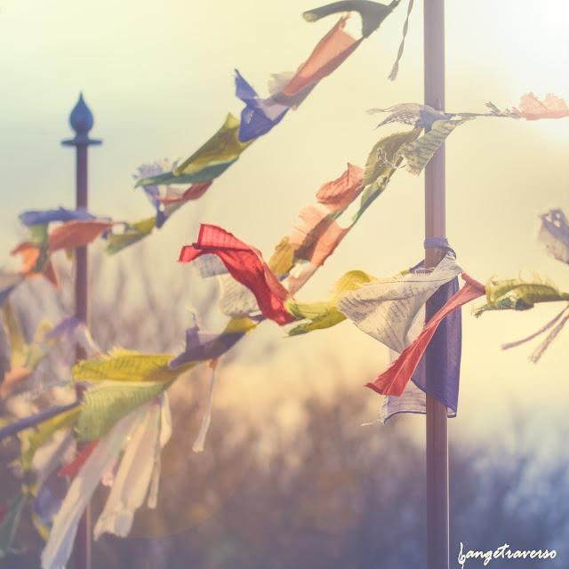 Bouddhisme, tibétain, drapeaux de prières, zen, yoga, méditation, vent, salève, alps, temple bouddhiste
