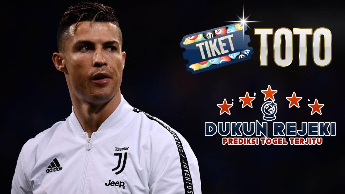 Cristiano Ronaldo Sudah Tiba Di Turin, Jalani Isolasi 14 Hari Sebelum Kembali Berlatih