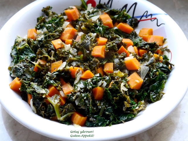 Jarmuż z karmelizowaną marchewką - dodatek obiadowy - Czytaj więcej »