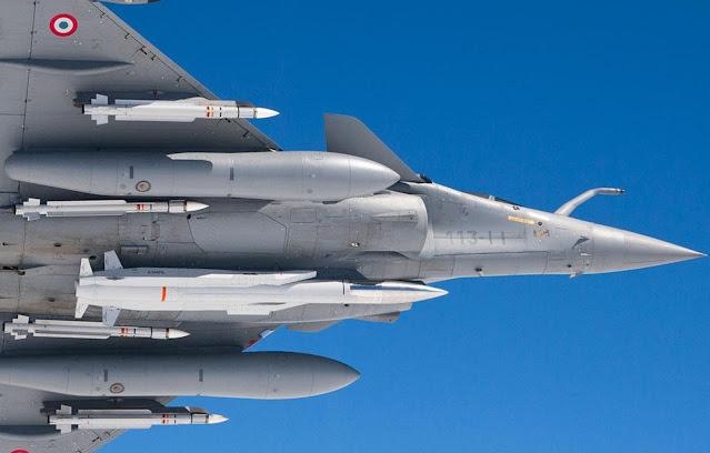 مقاتلة Rafale مسلحة بالصاروخ ASMP-A