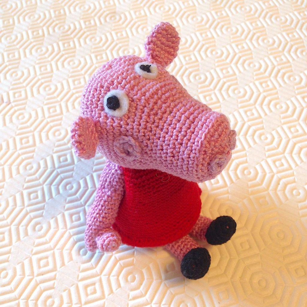 Ravelry: Peppa Pig Amigurumi pattern by Sabrina Boscolo | 1024x1024