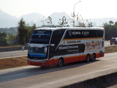 Foto Bus Harapan Jaya Tingkat