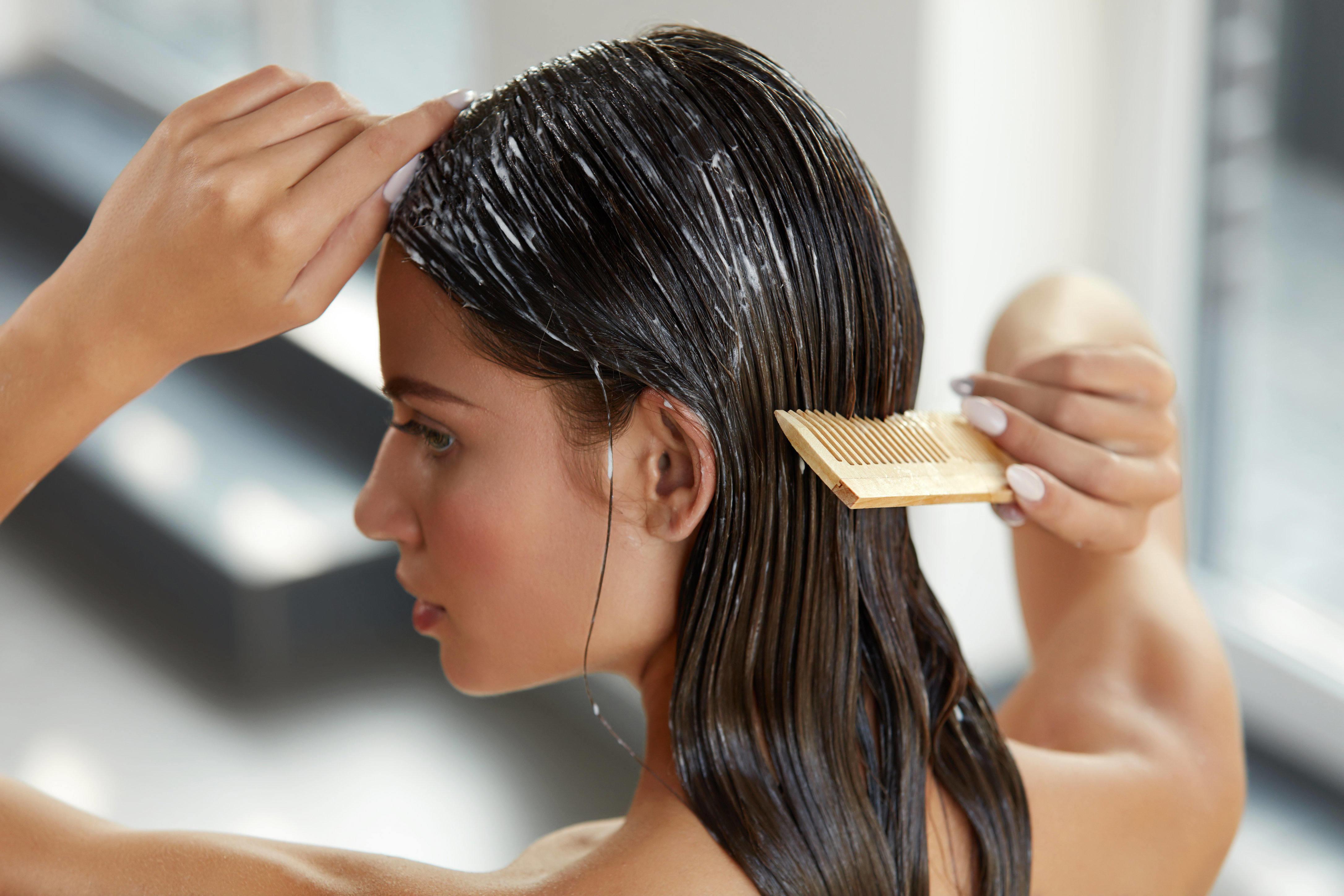Nutrição caseira para cabelos ondulados
