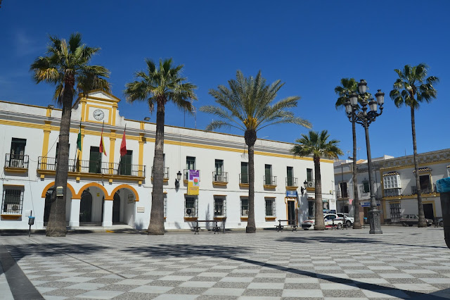Plaza de España, ayuntamiento de Trebujena