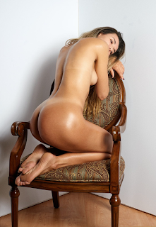 普通女性裸体 - tumblr_5e70648f3202f01742f49714fa54ed54_c45cb14d_1280.png