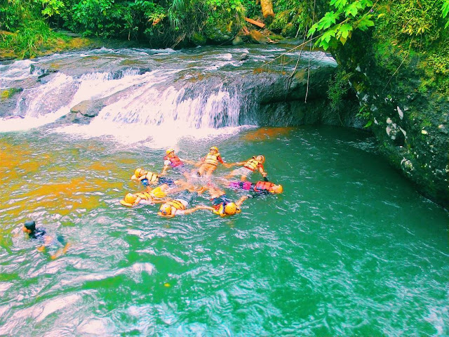 foto body rafting di ranto canyon brebes