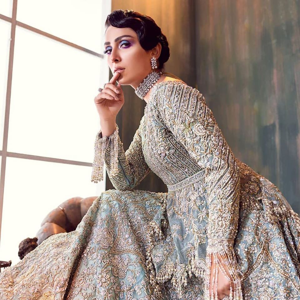 Ayeza Khan Giving Stunning Bridal Goals in her Latest Photoshoot