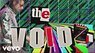 "It's Julian Casablancas'  Band The Voidz – ""All Wordz Are Made Up""  Musique Video!"