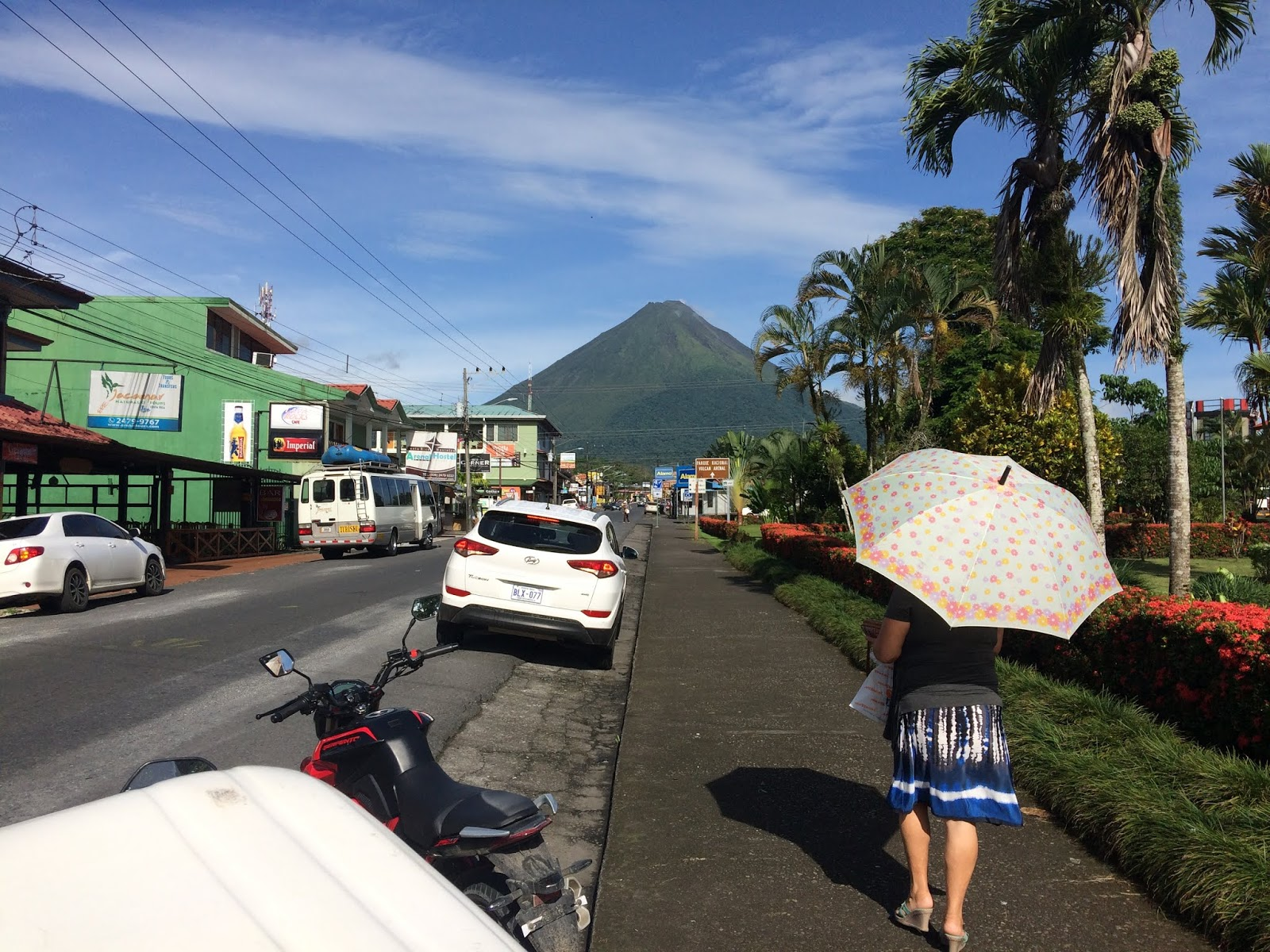 View of the Arenal Volcano from La Fortuna. True driver CR