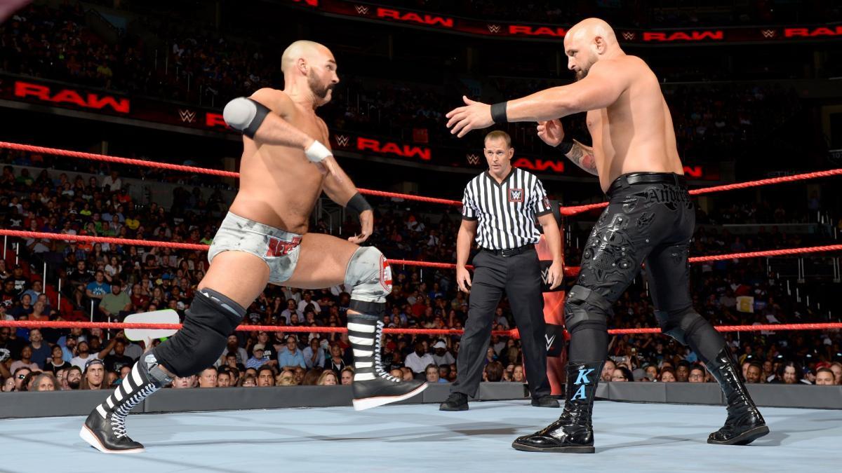 Karl Anderson e Dax Harwood falam sobre o segmento RAW 25 e oportunidades perdidas