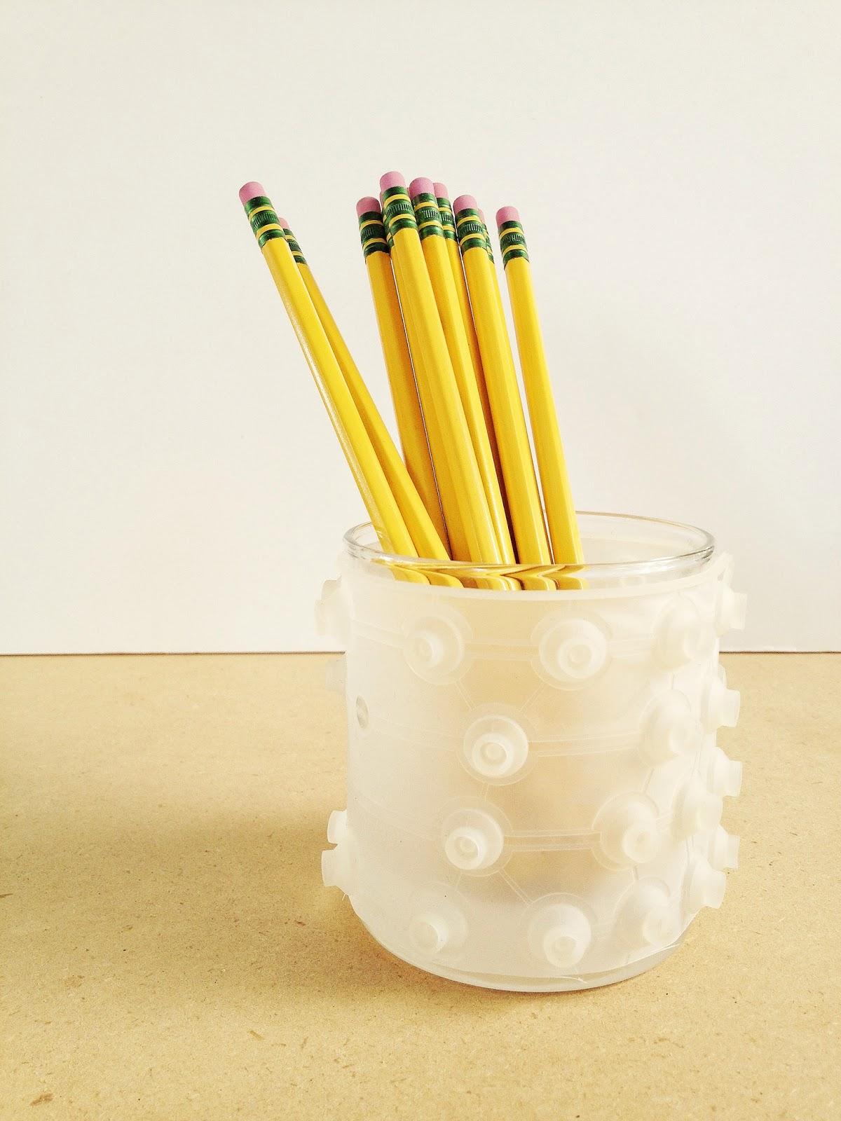 Maker Mama Craft Blog: 12 Thrift Store Organizing Ideas