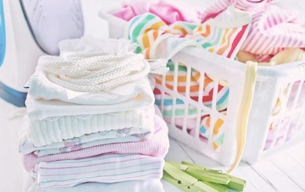 Tips Mencuci Baju Bayi yang Aman