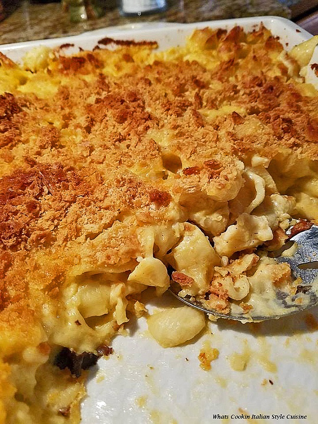this is a baked macaroni and cheese with chicken in it