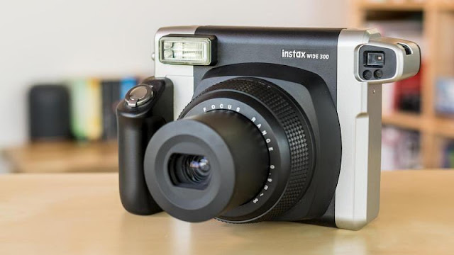 Fujifilm Instax Wide 300 Review
