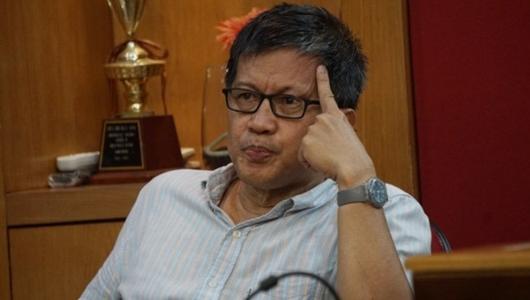 Pandangan Kritis Rocky Gerung Soal Bersatunya Jokowi-Prabowo