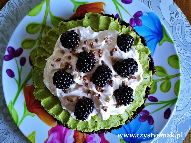 Wegańskie ciasto niskowęglowodanowe
