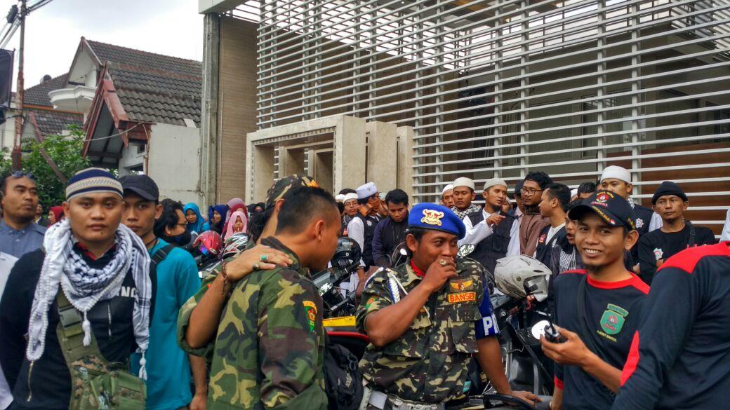 Dijaga Kokam, Banser Tak Berani Bubarkan Pengajian Felix Siauw di Bantul