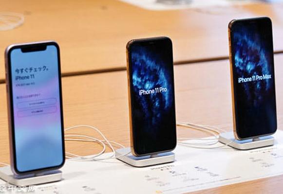 日經新聞:iPhone 12 擬全線採用 OLED 柔性面板