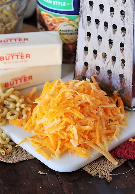 Mac and Cheese Muffins Ingredients Image