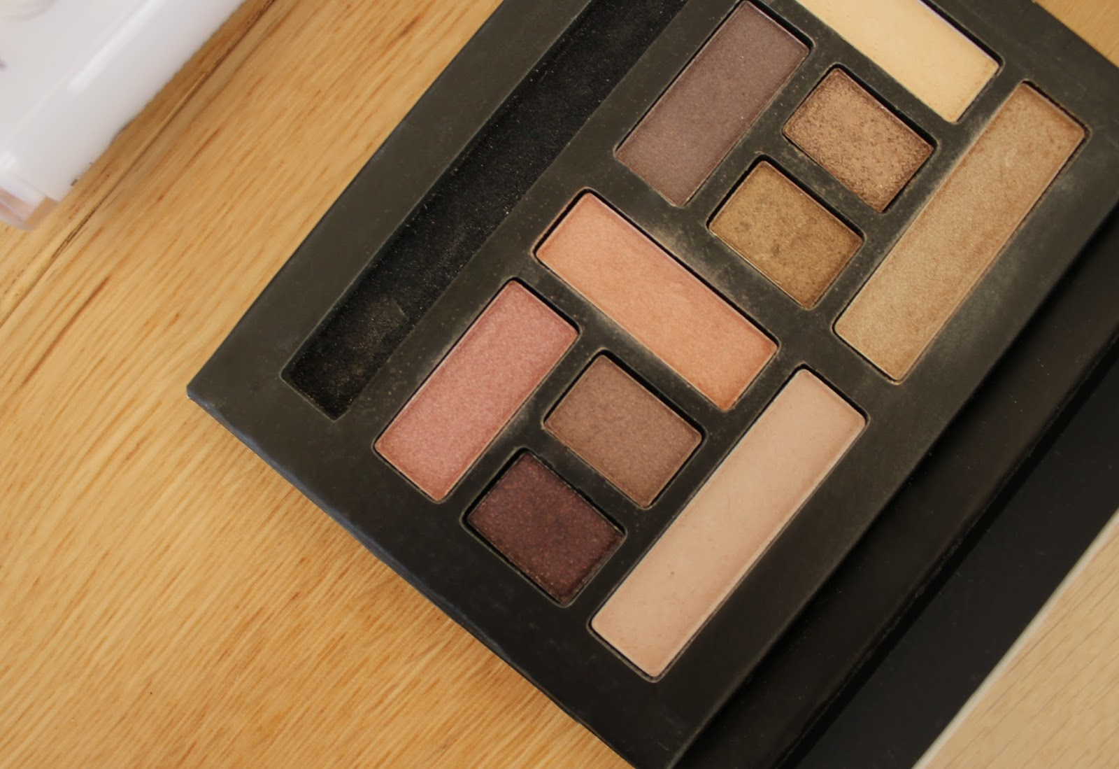 February Favourites - Collection Eyeshadow Palette in #YourStyleYourMood