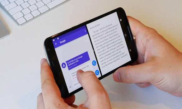 تطبيق رائع لتقسيم شاشة هاتفك الى نصفين و تشغيل اي تطبيقين في نقس الوقت !!