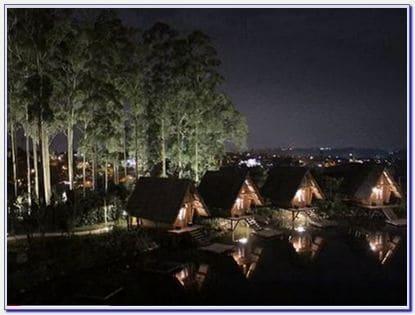 Dusun Bambu Malam Hari