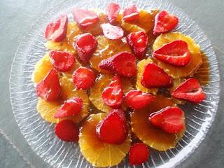Fresas con naranja y miel