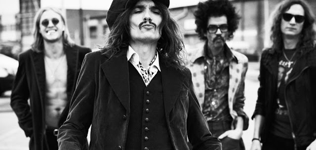 """O Rock And Roll merece morrer!"" diz vocalista do The Darkness em novo single da banda"