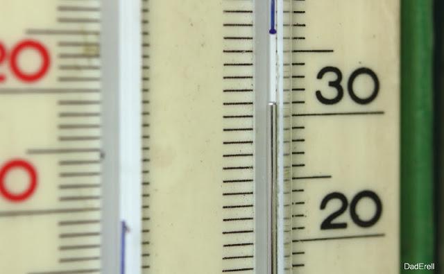 Thermométre en avril 2017 à Lyon 30°C