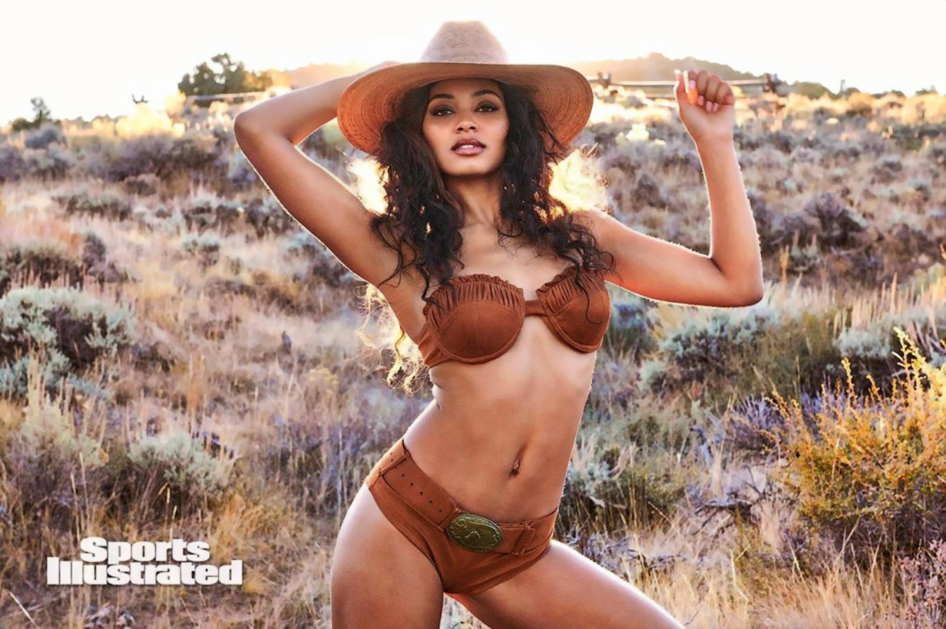 Danielle Herrington Hot Look HD Wallpaper