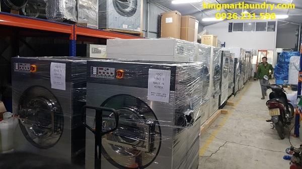 Một đơn vị cung cấp máy giặt công nghiệp uy tín thường có nhiều sản phẩm của các thương hiệu lớn trên thế giới