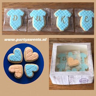 lees in het blog van partysweets.nl precies hoe deze baby rompertje koekjes met tekst gemaakt zijn.