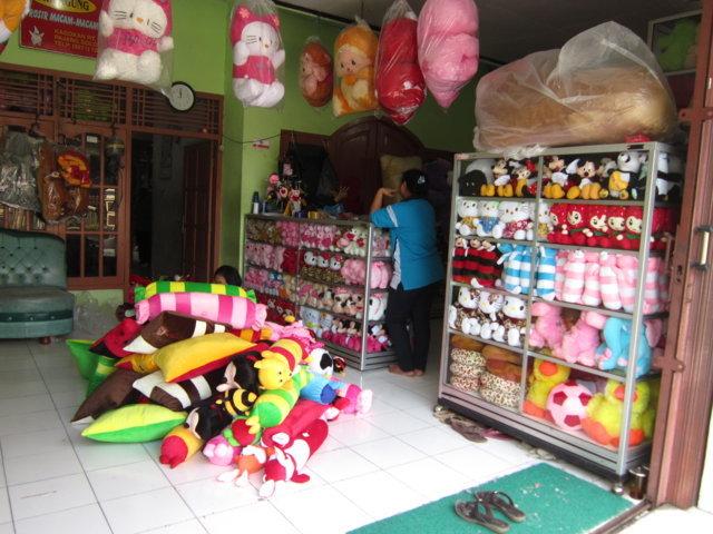 Produk boneka yang dihasilkan oleh pabrik Jaya Agung sendiri memiliki  kualitas yang baik dan InsyaAllah tidak kalah saing dengan produksi boneka  di ... 378799c1e4