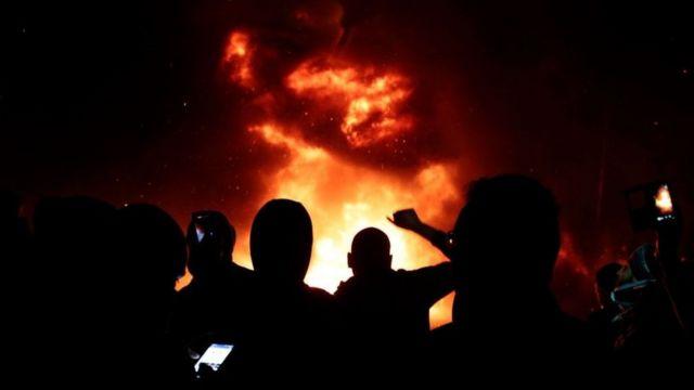 """Thế giới sẽ """"sụp đổ"""" trong vài thập kỷ tới?"""