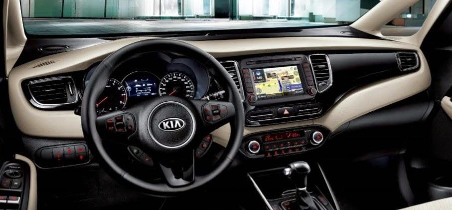 kia rondo toyota tan cang 2 -  - So sánh Toyota Innova và KIA Rondo : Đĩnh đạc và trẻ trung