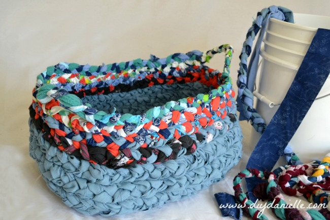 How to make a simple braided fabric basket with handles.