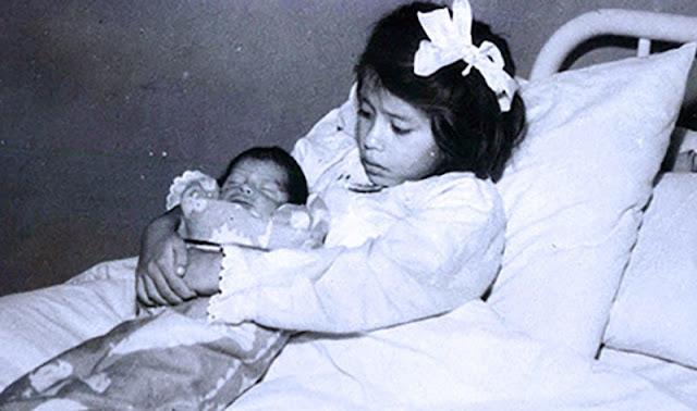لينا مدينا مع مولودها