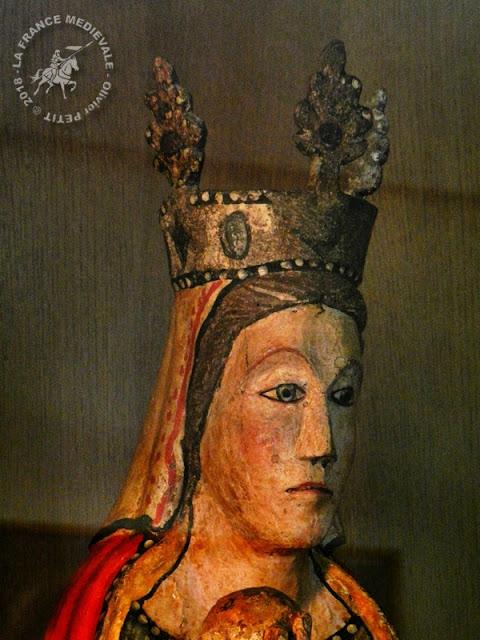 PONT-SAINT-ESPRIT (30) - Musée d'Art Sacré du Gard : Vierge en Majesté (XIIIe siècles)