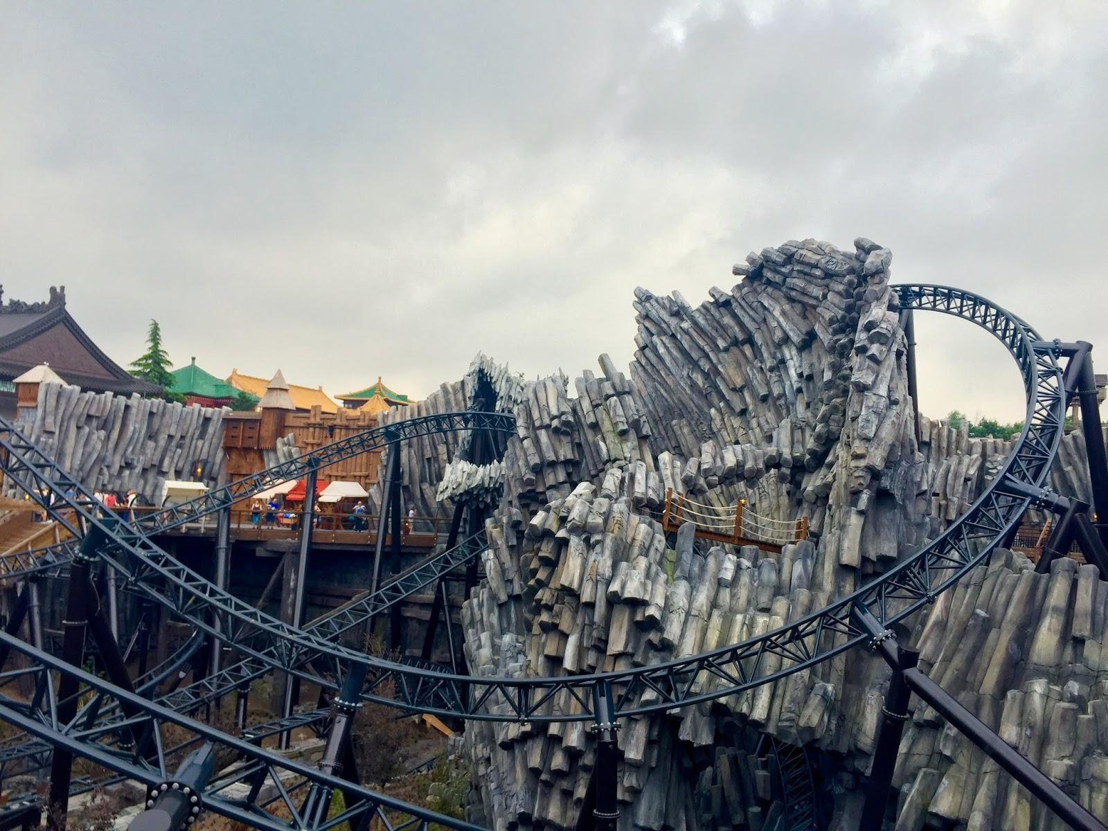 Roller Coaster Review: Taron at Phantasialand (Brühl, Germany) Phantasialand