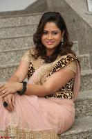 Shilpa Chakravarthy in Lovely Designer Pink Saree with Cat Print Pallu 050.JPG