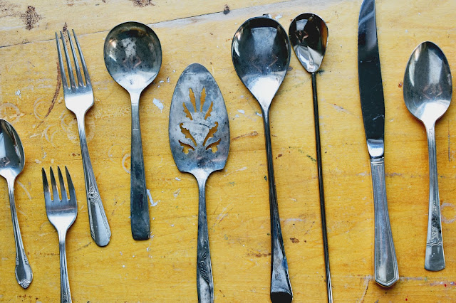 How to Clean Silverplated Flatware Quickly