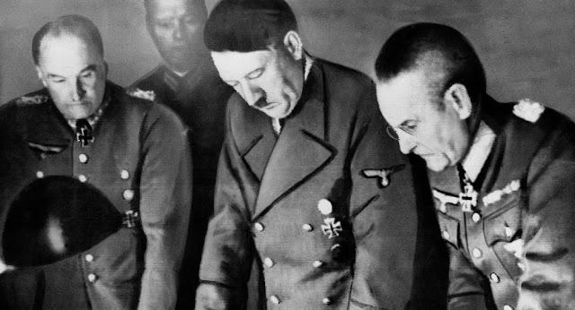 كيف جعل هتلر موسكو القوة الأعظم في العالم ؟