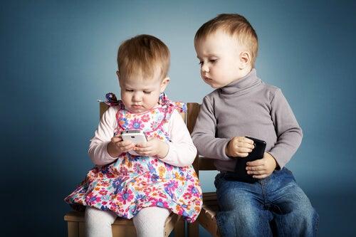 3 buenos motivos para no dejar el móvil a un niño