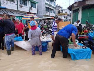 Banjir Tebing Tinggi Ganggu Aktivitas Perekonomian Masyarakat