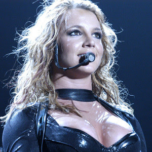 Thrifty Britney Spears shops for reasonably priced patio